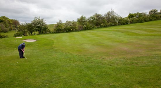 2nd photo showing hole 4